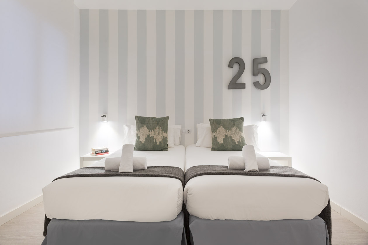 Apartment Sitges Blue & White 2