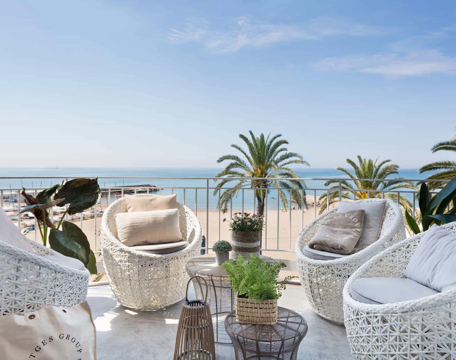 Sitges Group Ribera Beach (Ocean Blue)